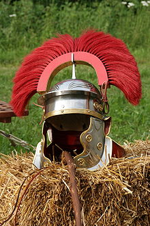 220px-Galea-Helmet_centurion_end_of_second_century.jpg